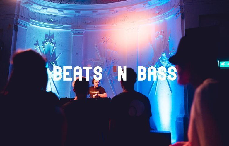 BEATS 'N BASS - Christmas Edition